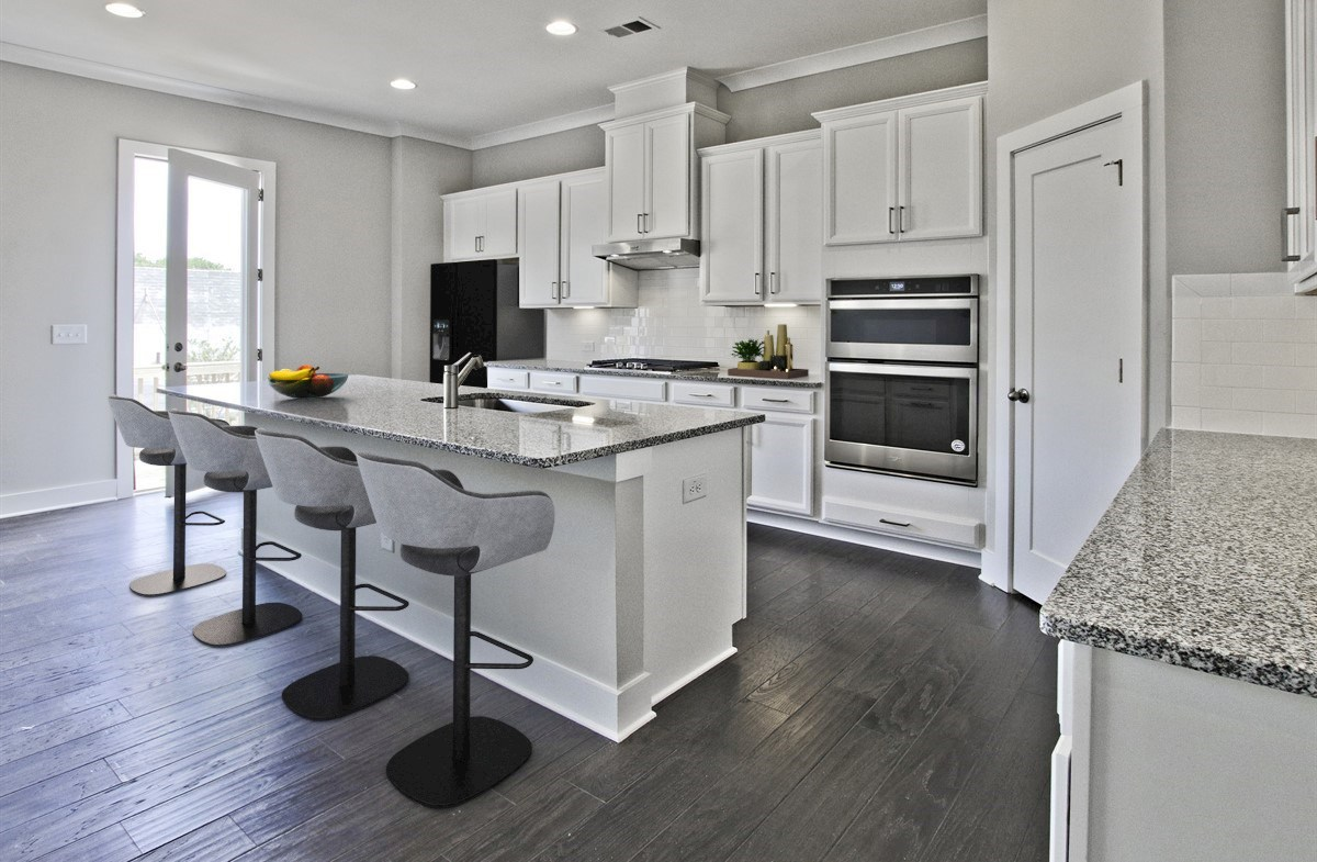 Towns at Old Mill Callahan II Kitchen with granite countertops