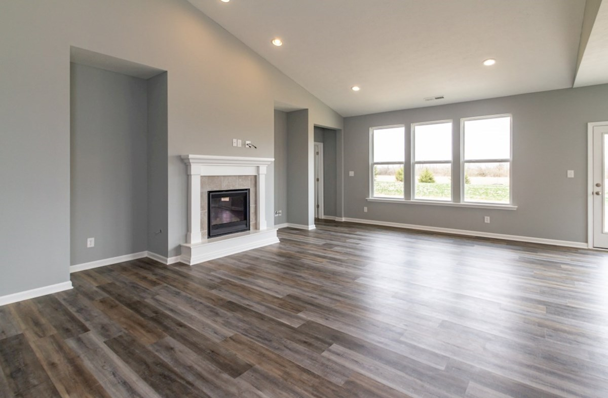 Greenwich quick move-in great room with fireplace