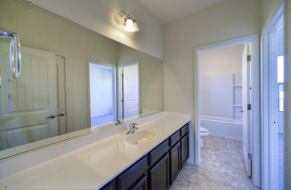 Copley quick move-in spacious bathroom