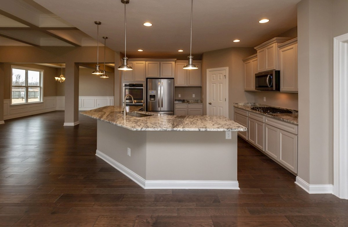 Capitol quick move-in open kitchen with breakfast bar