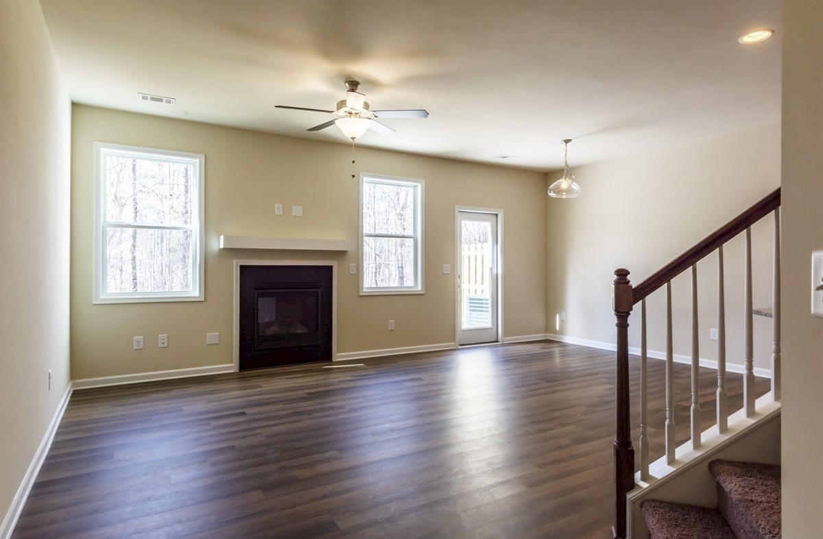 Rabun quick move-in Family room with fireplace