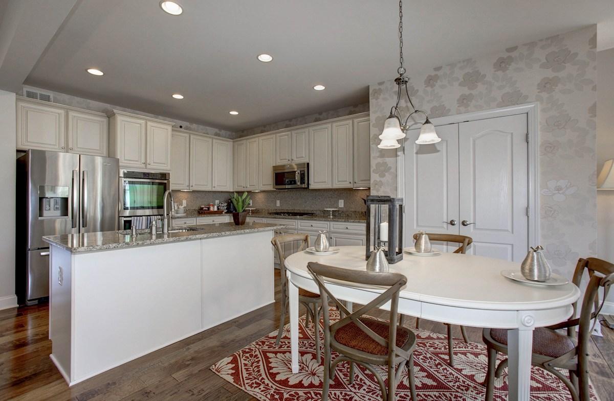 Summerfield Jefferson expansive kitchen