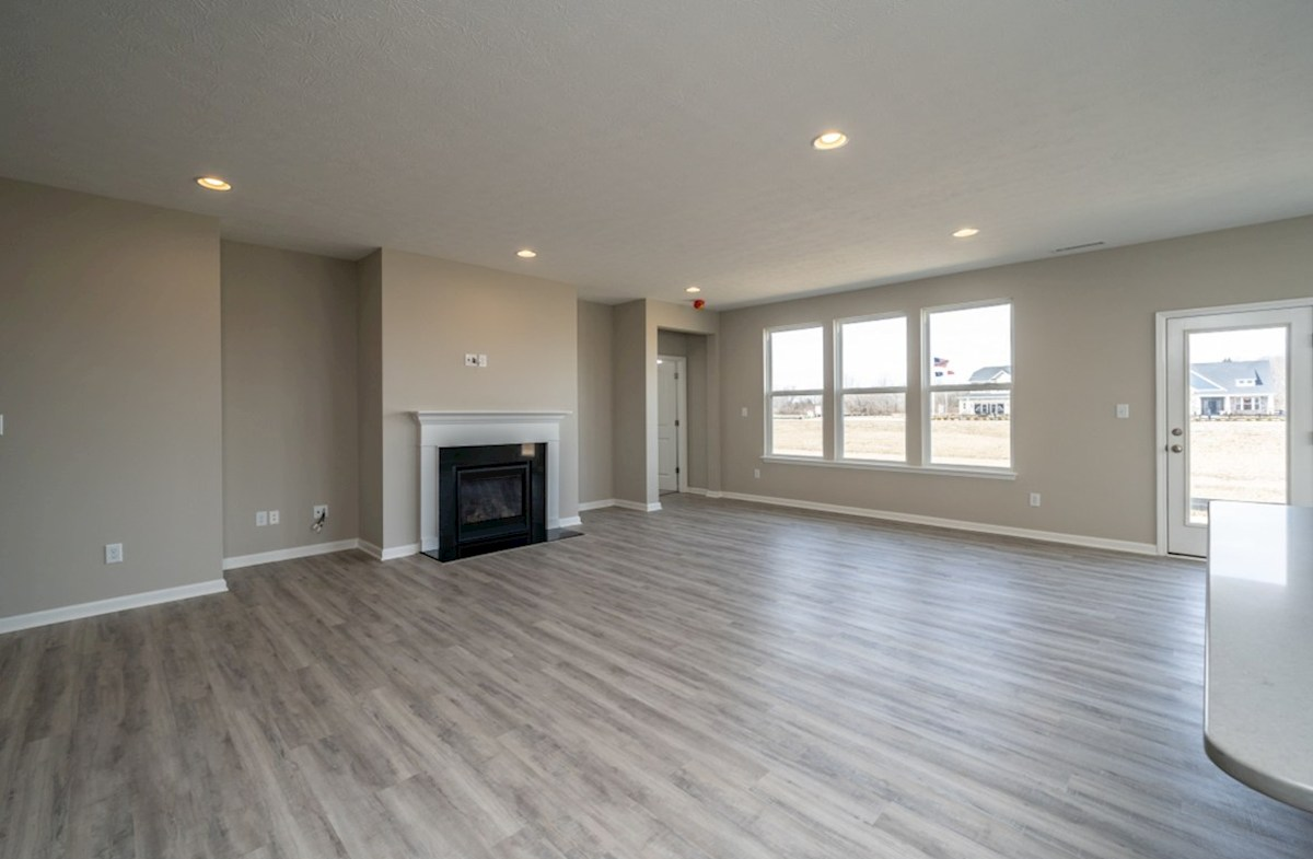 Greenwich quick move-in spacious great room with fireplace