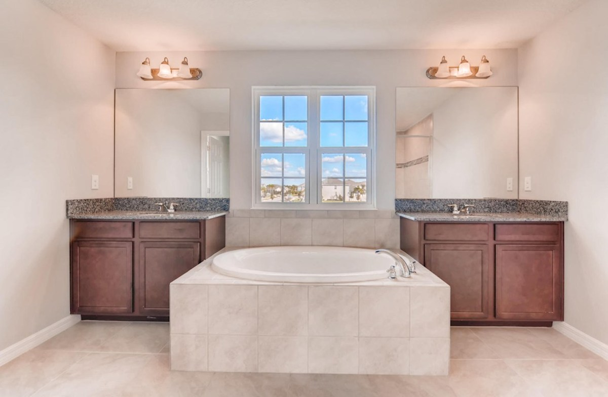 Sequoia quick move-in Master bathroom with garden tub and seperate sinks