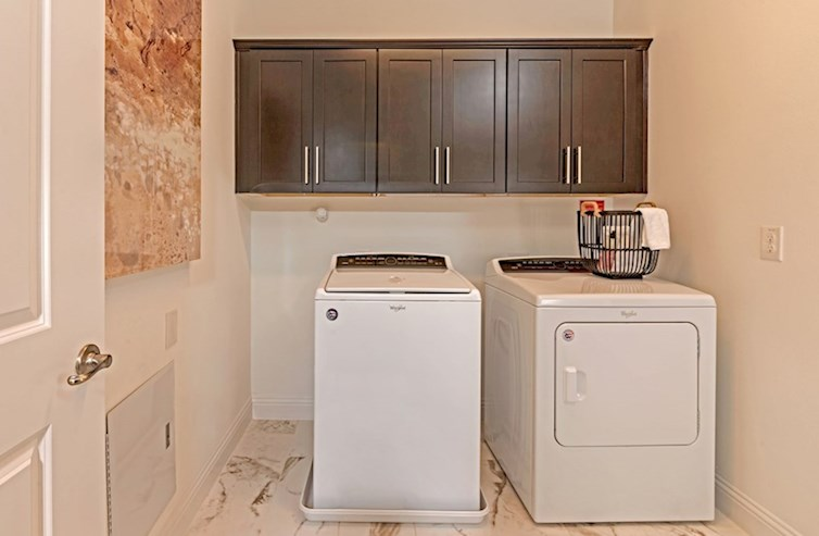 Sherwood laundry room with upper cabinets