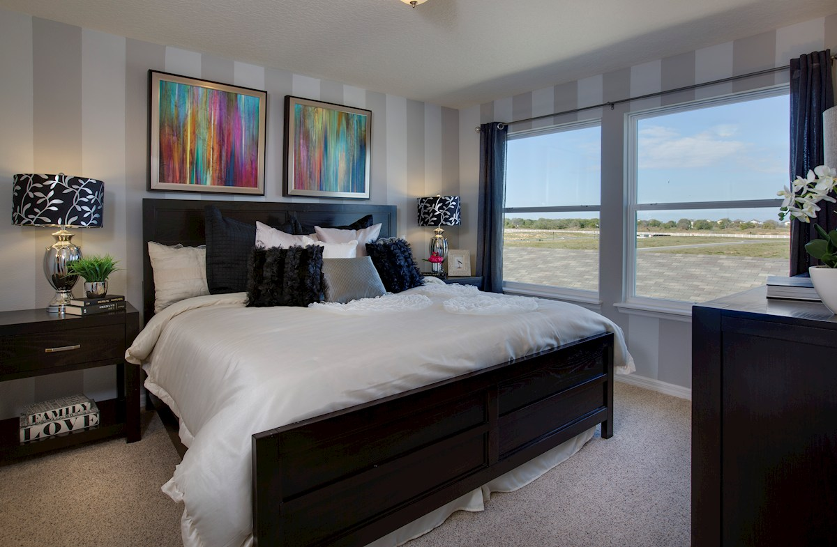 Summerlake Townhomes Richmond relaxing master bedroom