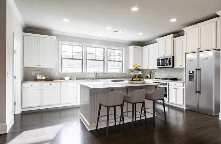 White Oak at East Lake Juniper Kitchen with granite countertops