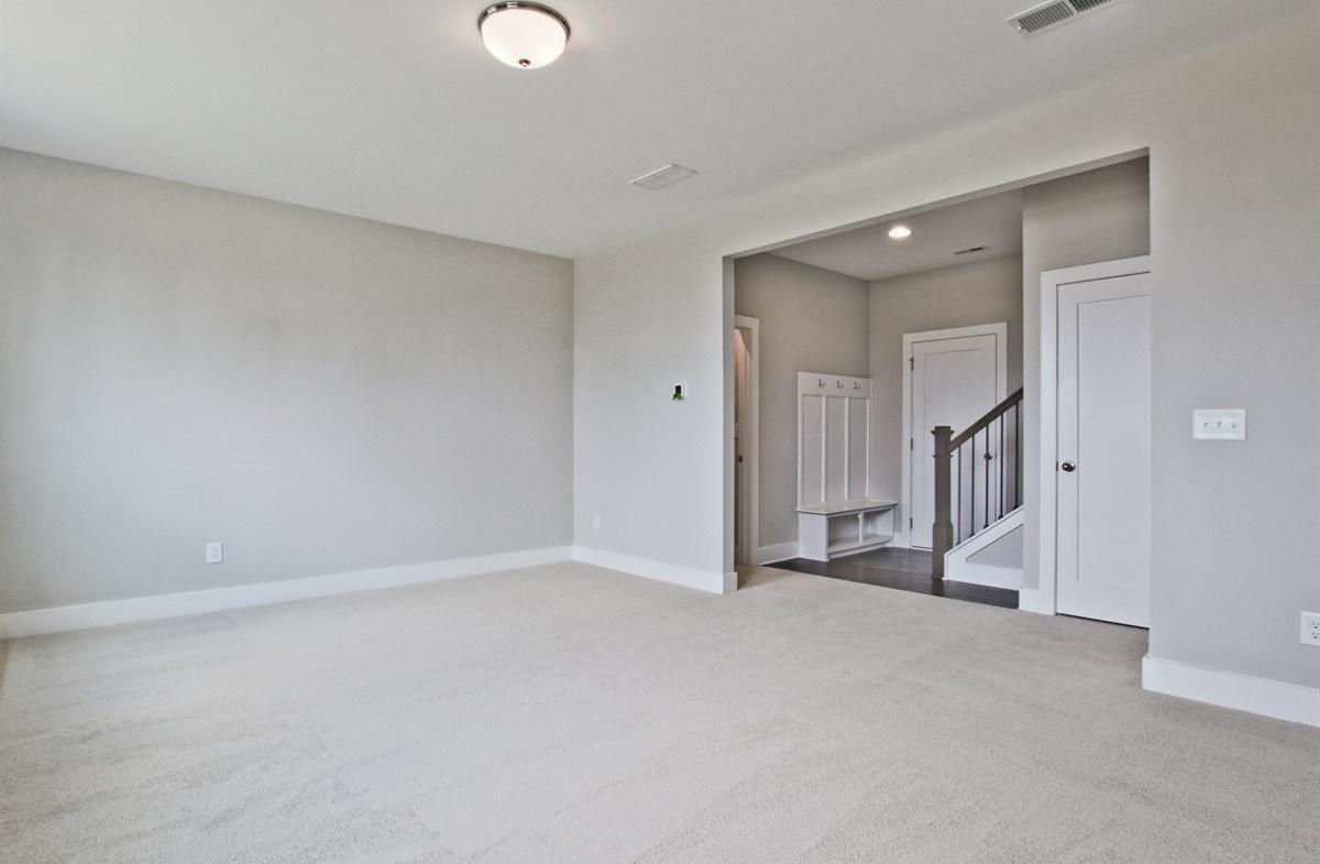 Callahan II quick move-in Terrace Level Bonus Room