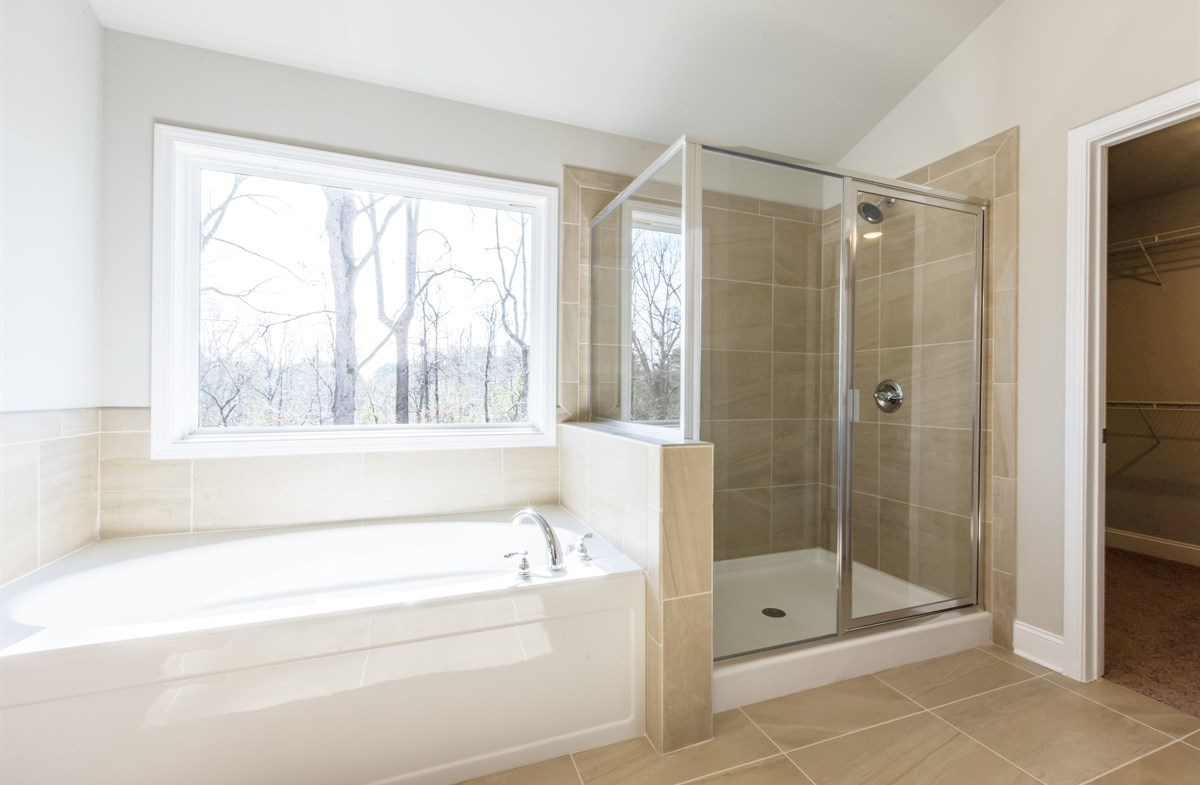 Bradshaw quick move-in Master Bath with stall shower