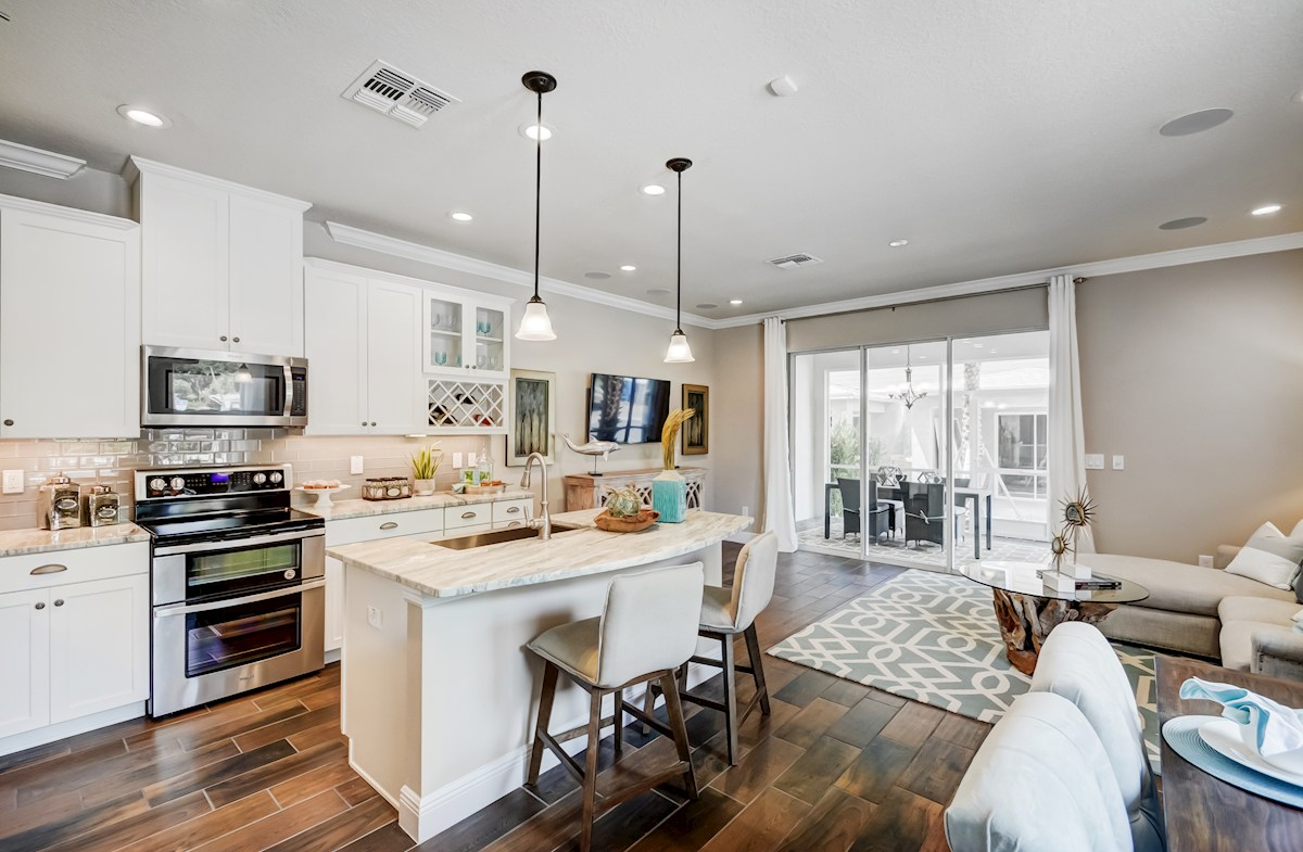 Aqua Solis Aruba - Interior Kitchen, great room and large sliding glass door