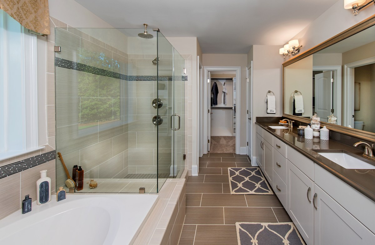 Sunset Glen Stratford luxurious master bathroom