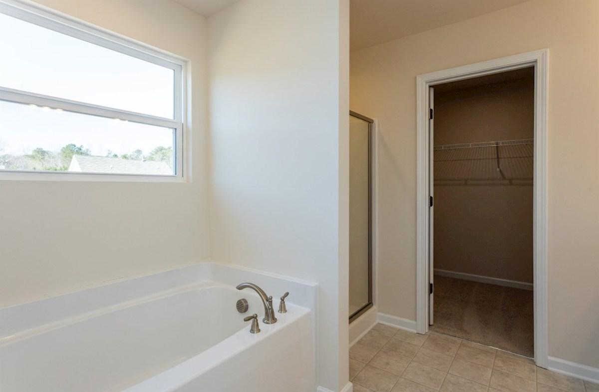 Franklin quick move-in Franklin master bathroom