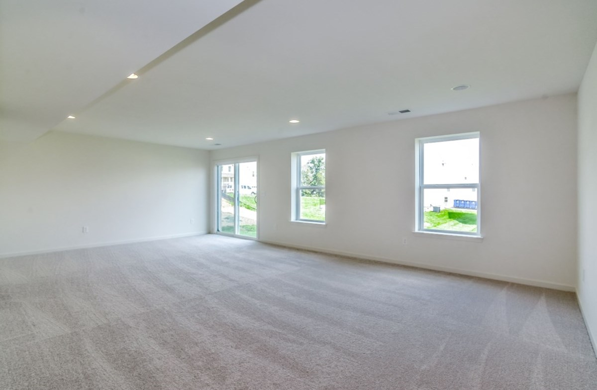 Notting Hill quick move-in walkout basement