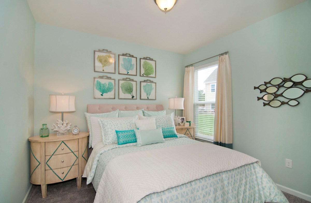 Spring Mill Plantation Camden bright secondary bedroom