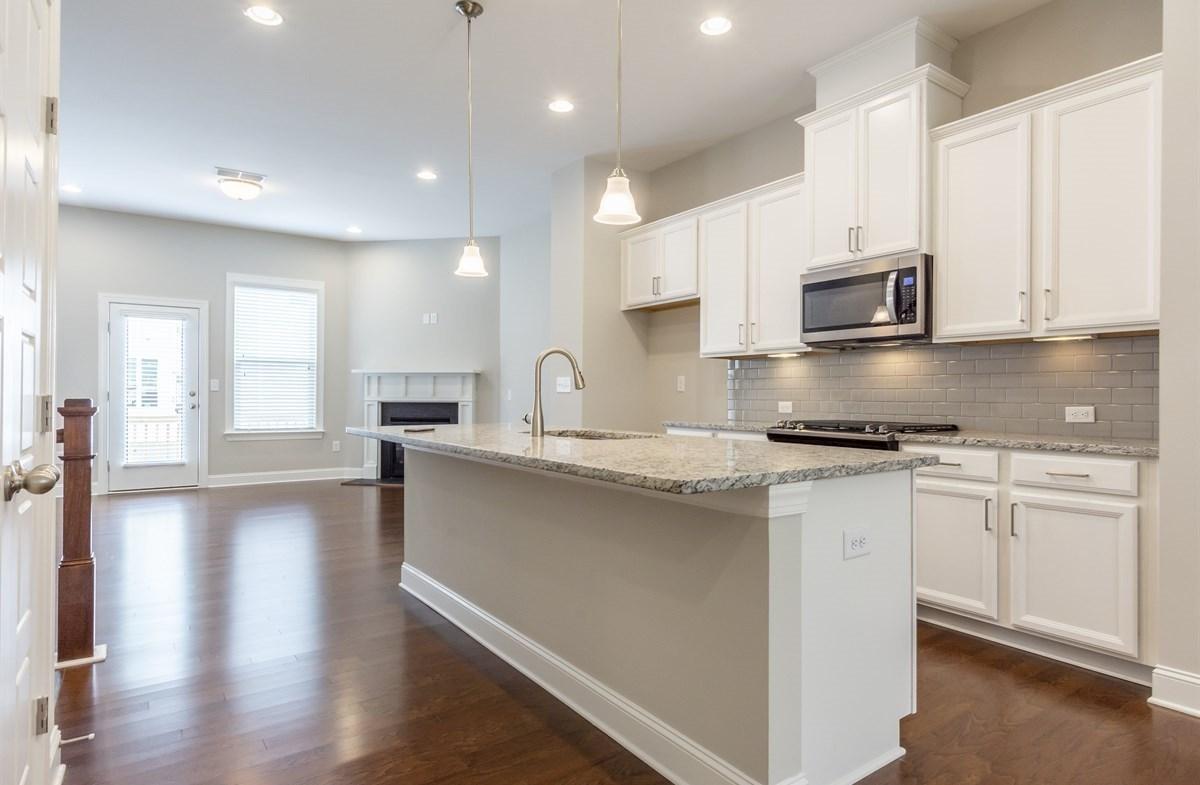 Ashland quick move-in Kitchen with granite countertops