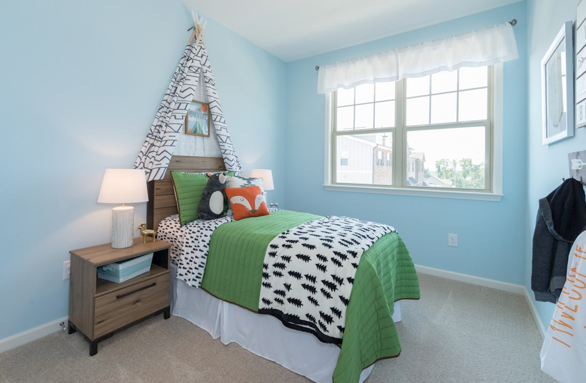 Hadley Township Ashland Cozy and bright secondary bedrooms