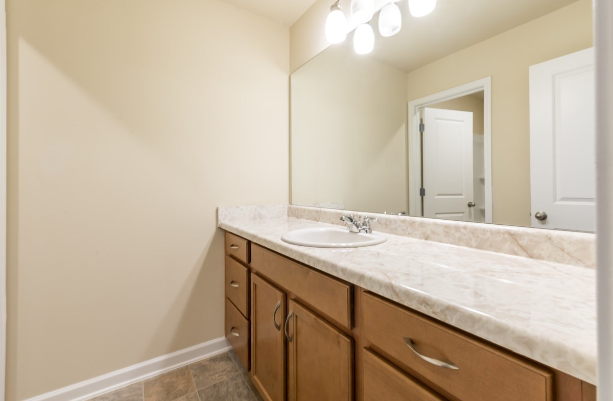 Rabun quick move-in Secondary Bathroom with large counter space