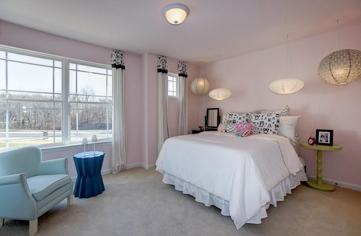 Summerfield Jefferson large bedroom
