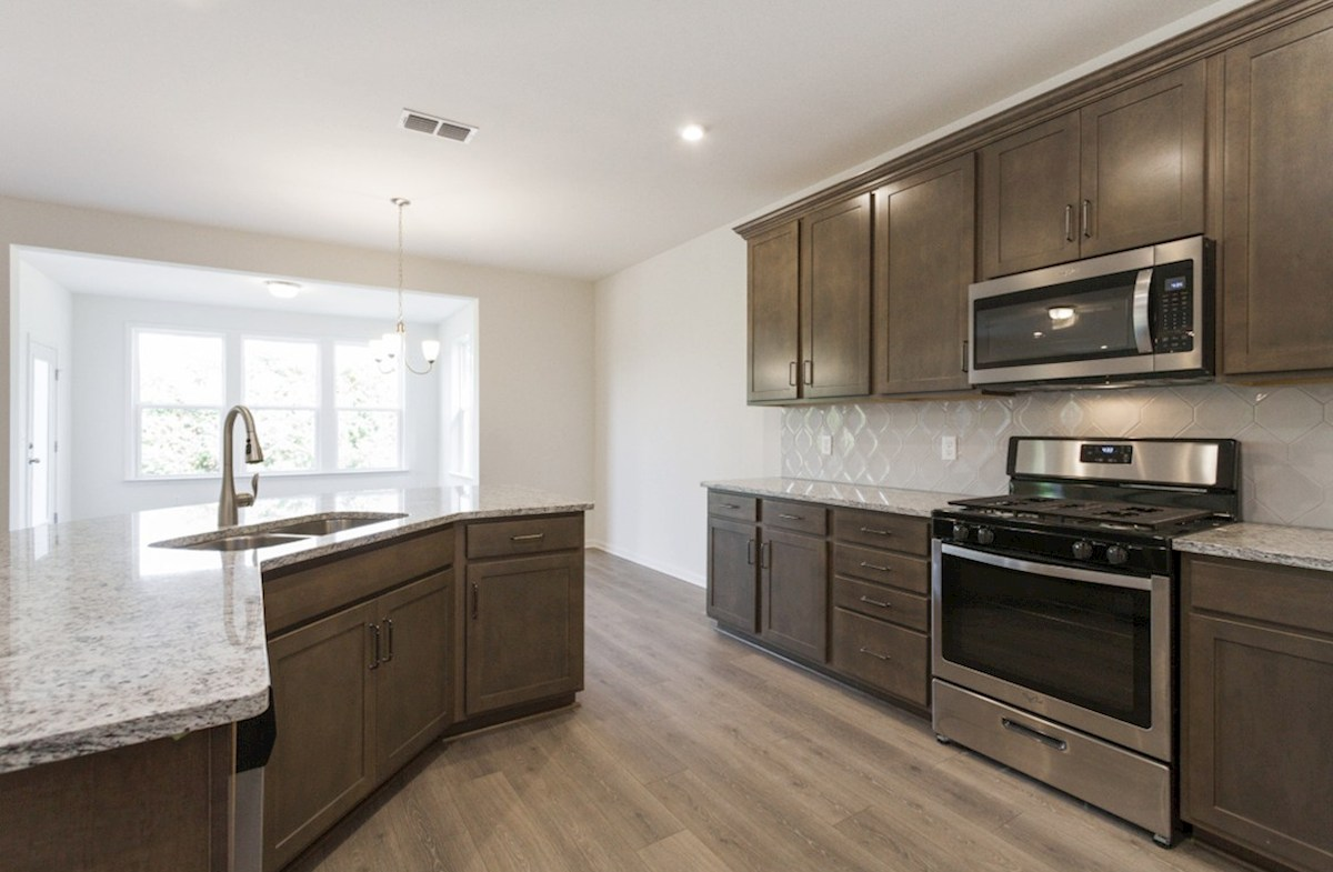 Ashford quick move-in functional kitchen
