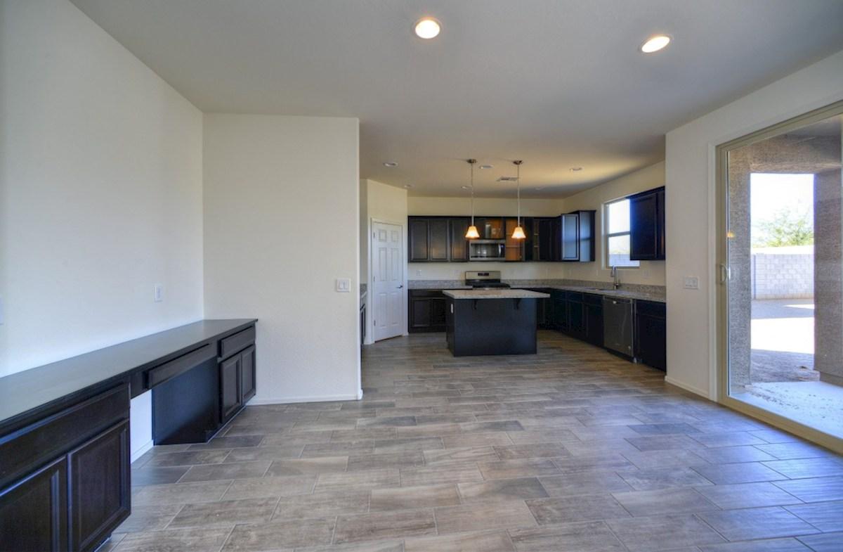 Ashburn quick move-in open floorplan