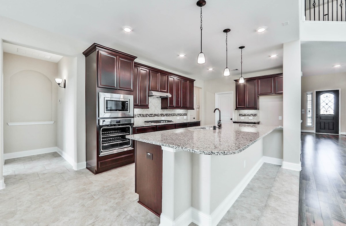 Gruene quick move-in spacious Choice kitchen