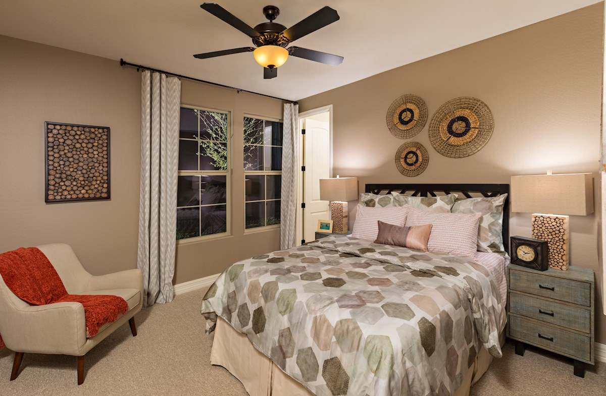 Sienna Hills Rockwell large secondary bedroom
