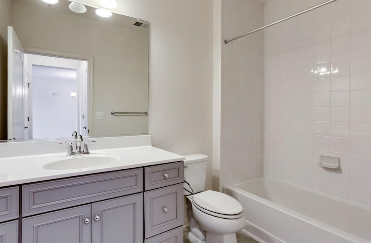Bradford quick move-in Bradford Secondary Bathroom