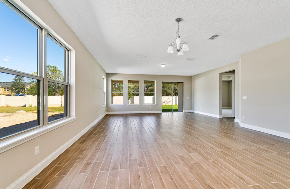 Lakeshore of Wekiva Carlisle light-filled great room