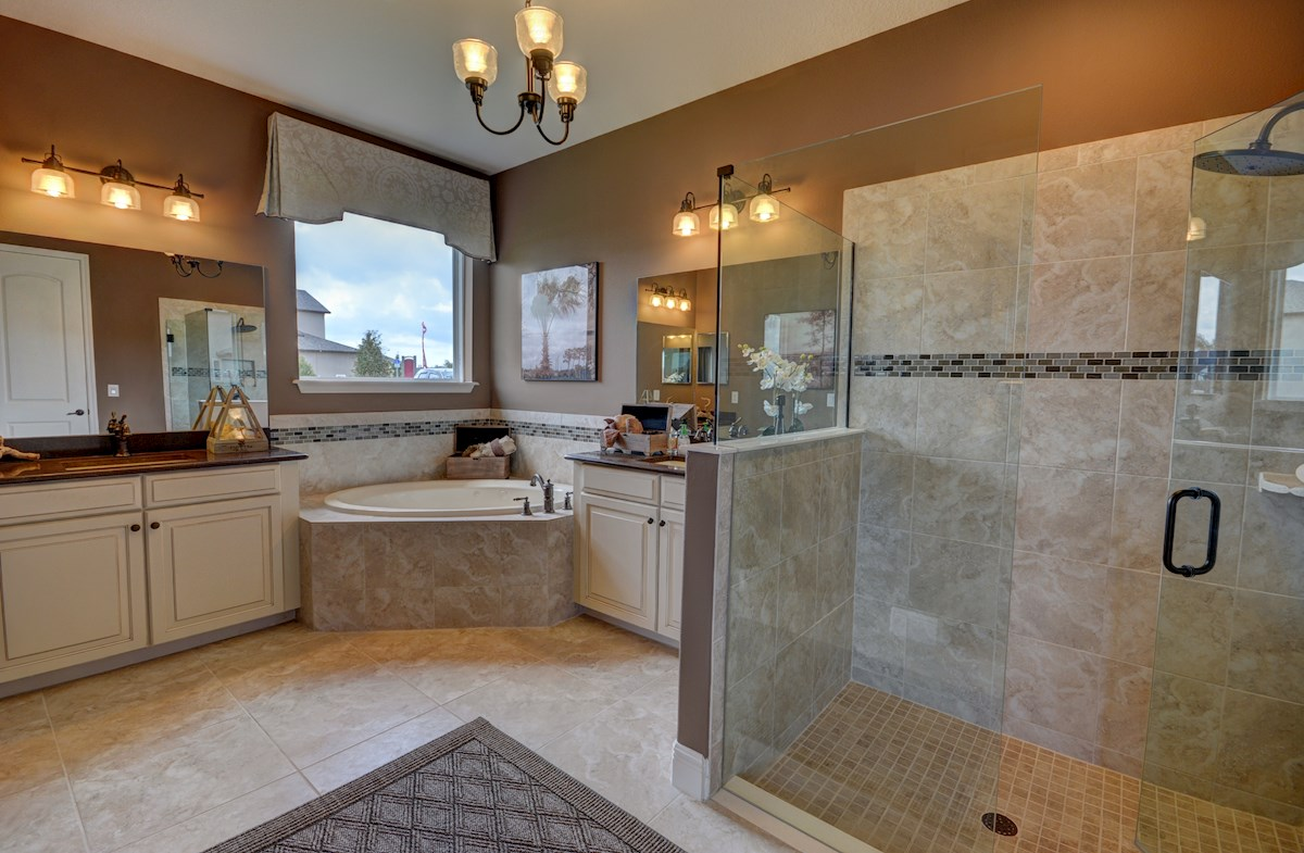 The Reserve at Pradera Redwood Master bathroom with seperate vanities