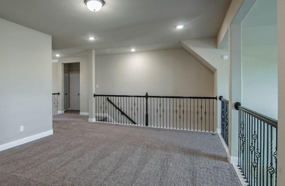 Lockhart quick move-in open loft with carpet floors