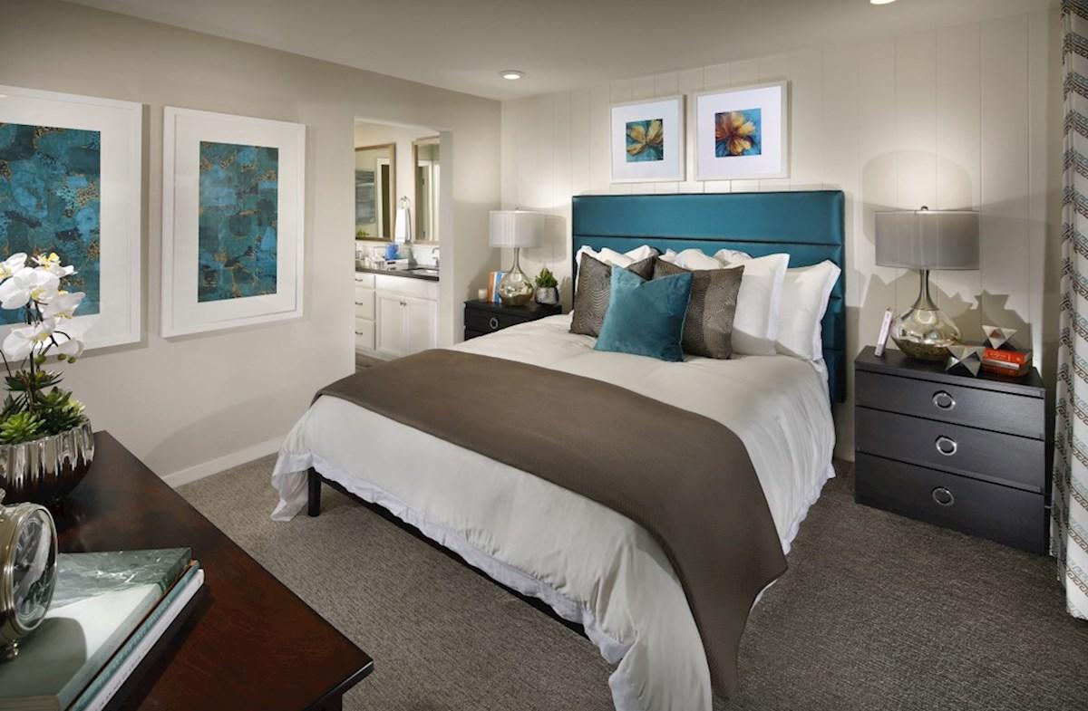 Natomas Field Lillian master bedroom