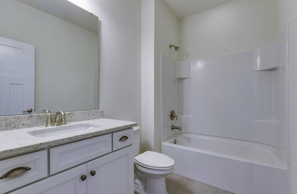 St. Thomas Preserve Oakcrest convenient upstairs bathroom