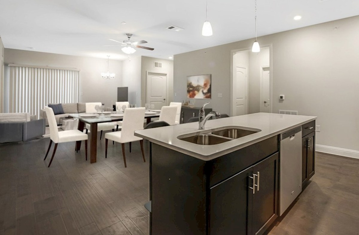 Clifton quick move-in Clifton Family Room & Kitchen