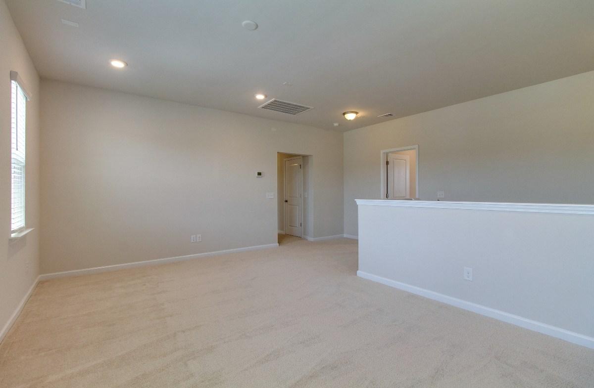 Madison quick move-in versatile loft