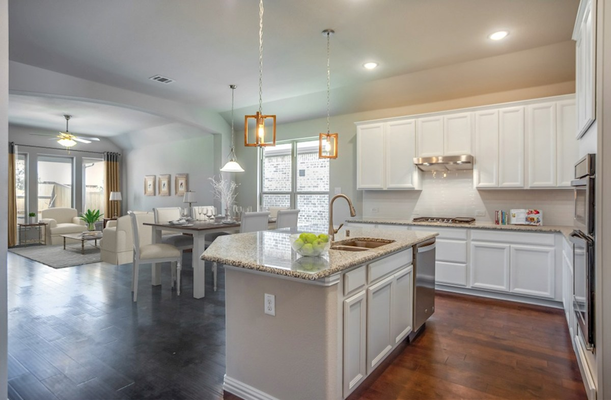 Canyon Falls Covington Covington kitchen with large island