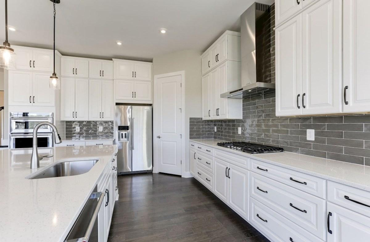 Hadleigh quick move-in gourmet kitchen