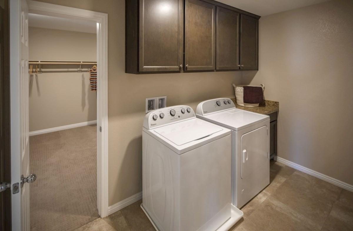 Cactus Ridge Valencia convenient laundry room