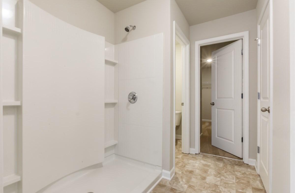 Rabun quick move-in Master Bath with stall shower
