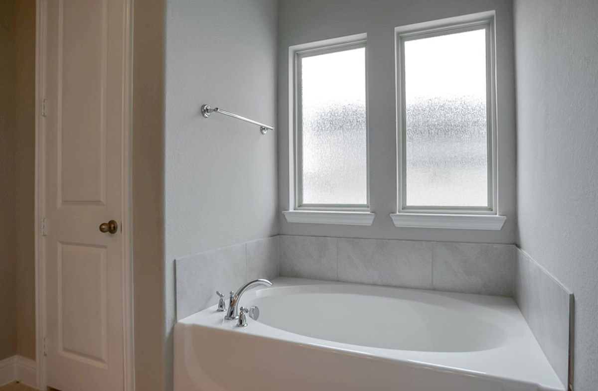 Glen View Ainsley Ainsley master bathroom with separate tub and shower