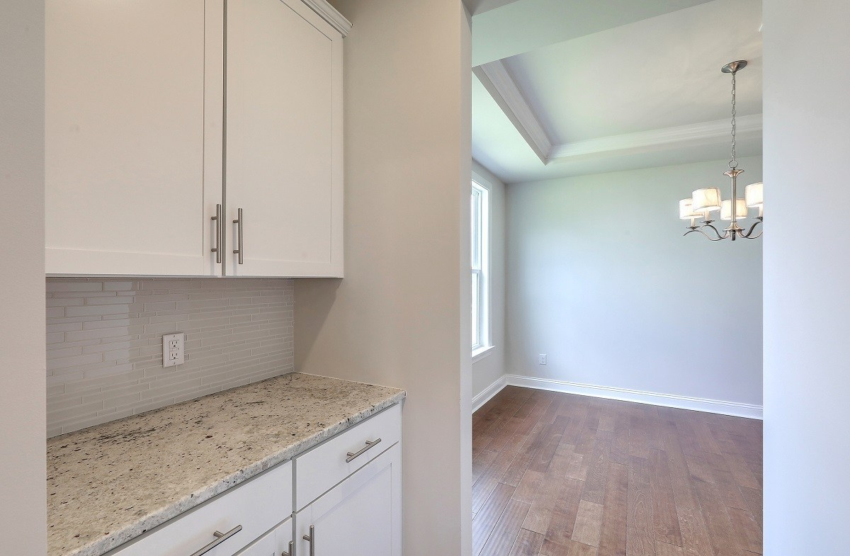 Sycamore quick move-in convenient butler's pantry
