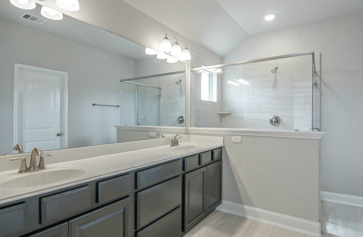 Sycamore quick move-in master bathroom with oversized shower and double sinks