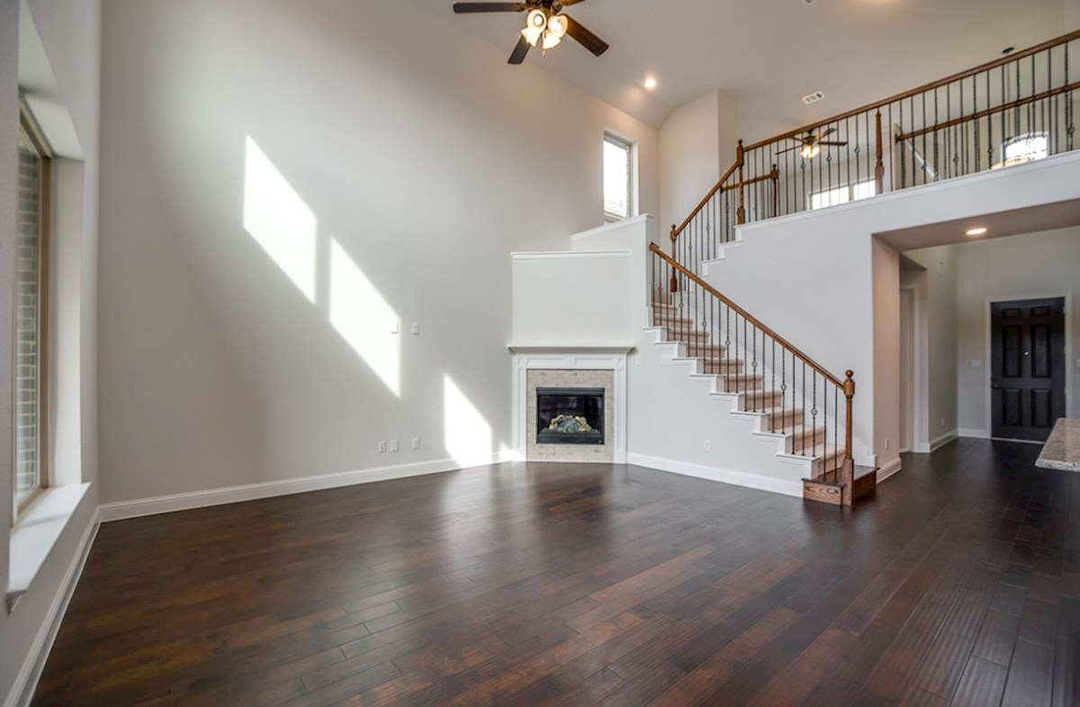 Brookhaven quick move-in great room soaring ceilings