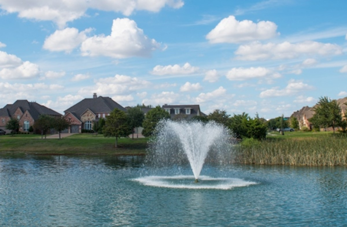 Lakes of Prosper ponds and fountains
