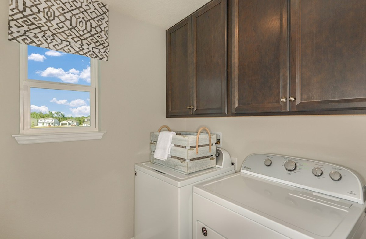Avalon Park West Cypress Pointe Laundry room with optional cabinets