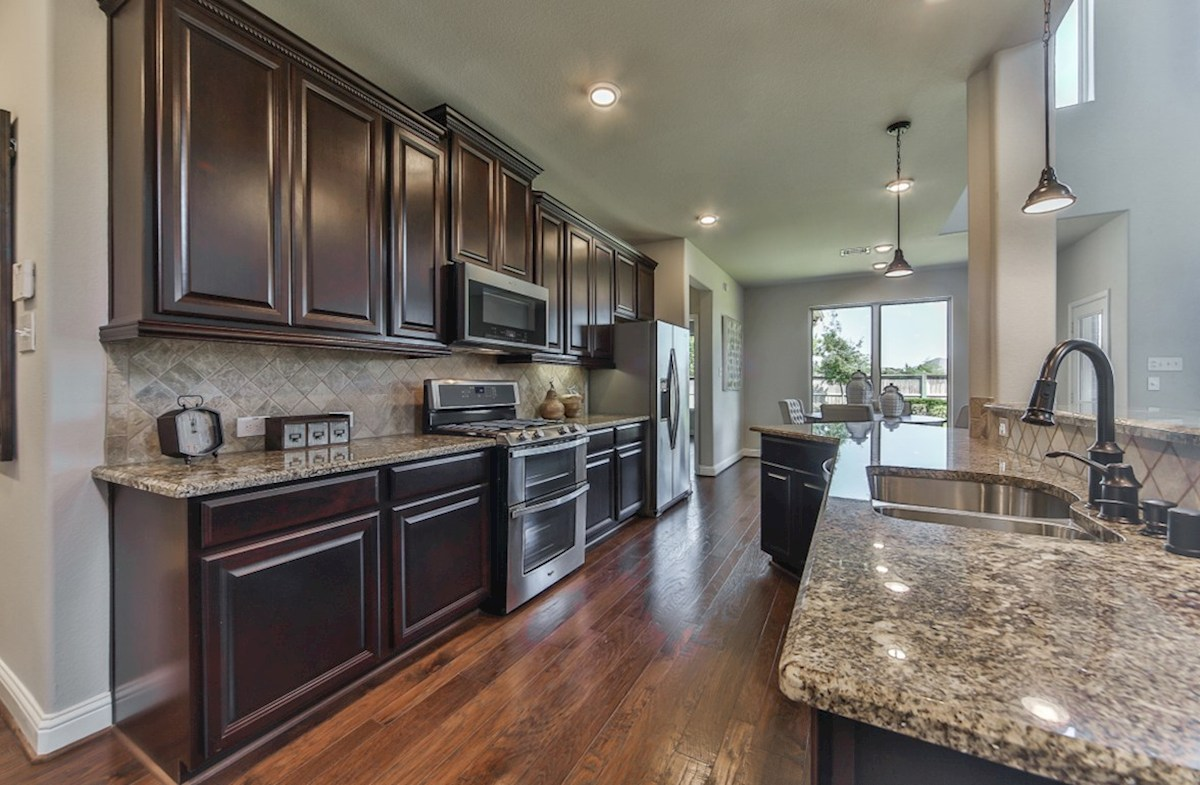 Armstrong quick move-in kitchen with granite countertops