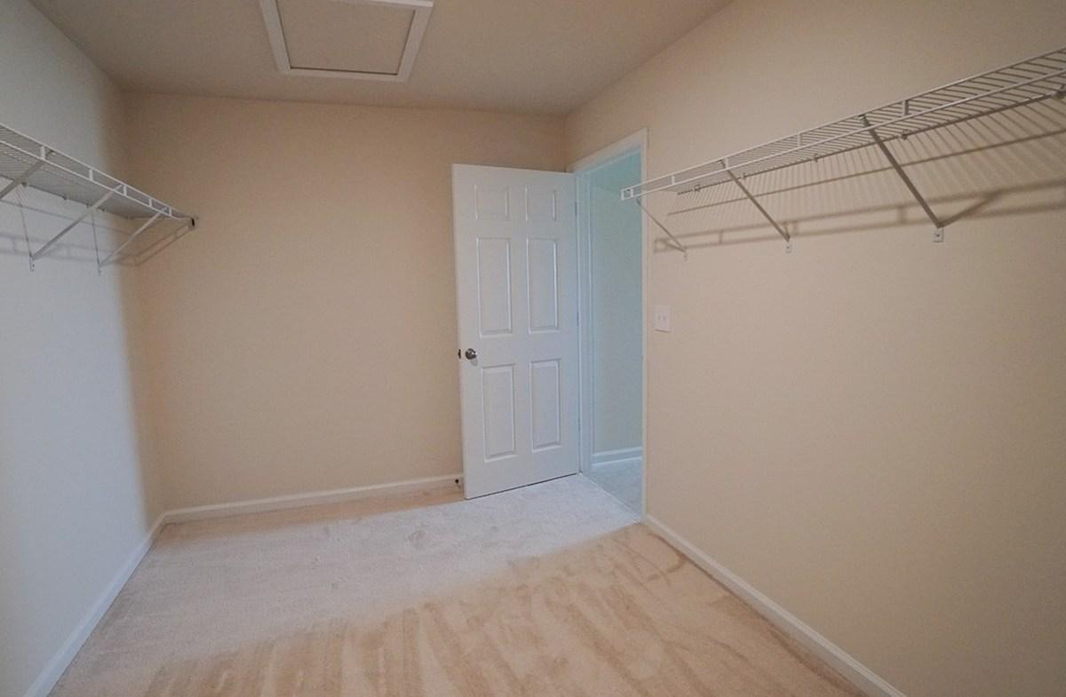 Savannah quick move-in large walk-in closet