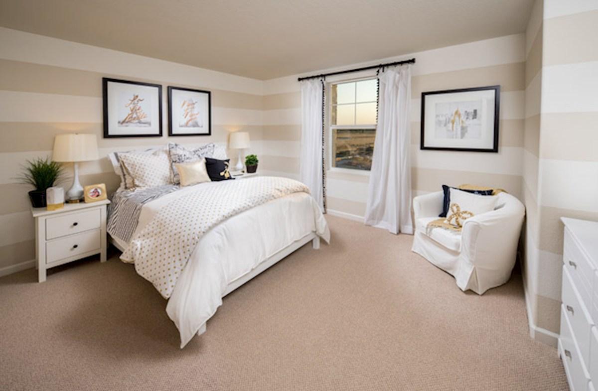 Natomas Field Residence 4 secondary bedroom