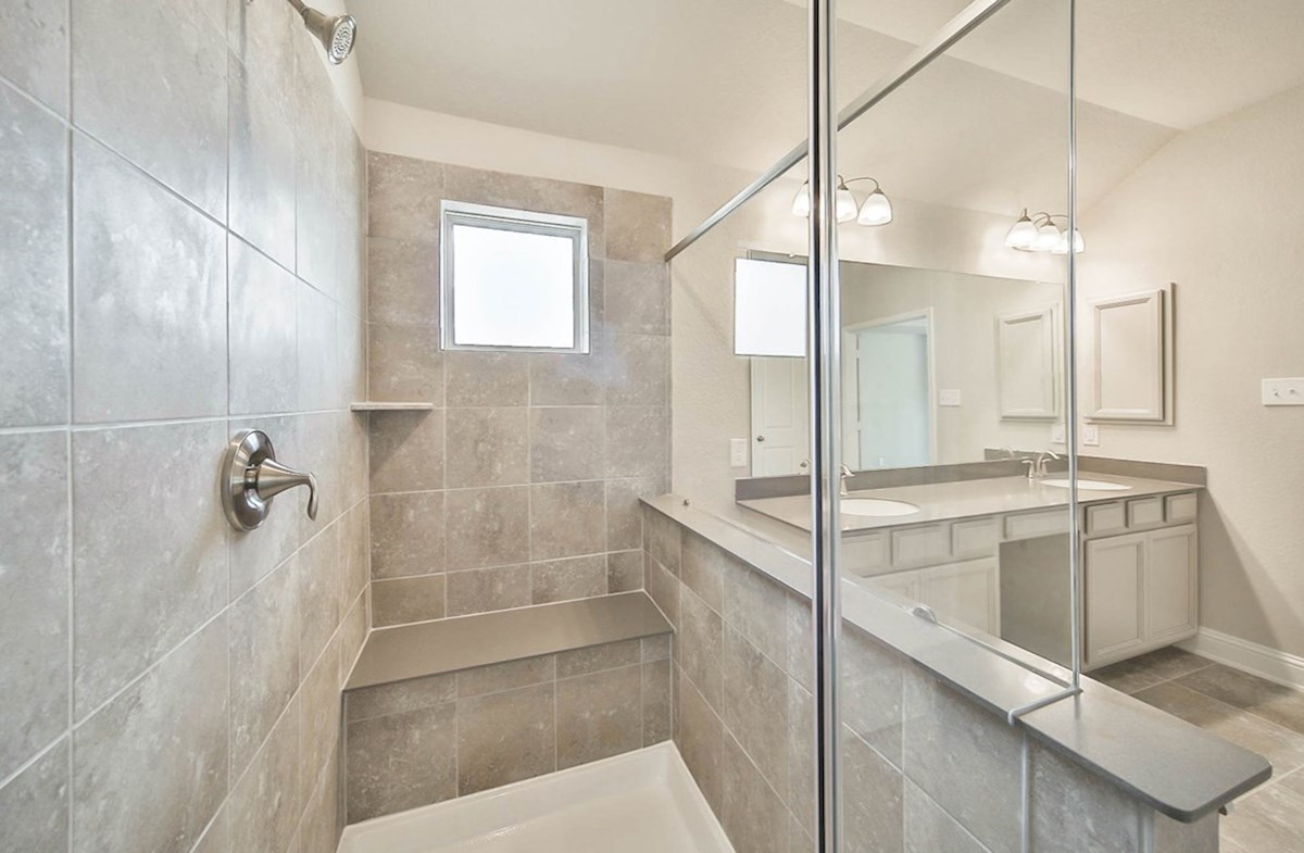 Juniper quick move-in walk in master shower with seat