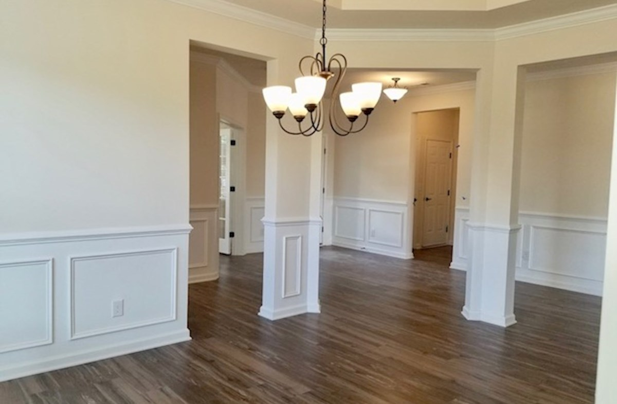 Valleydale quick move-in open dining room