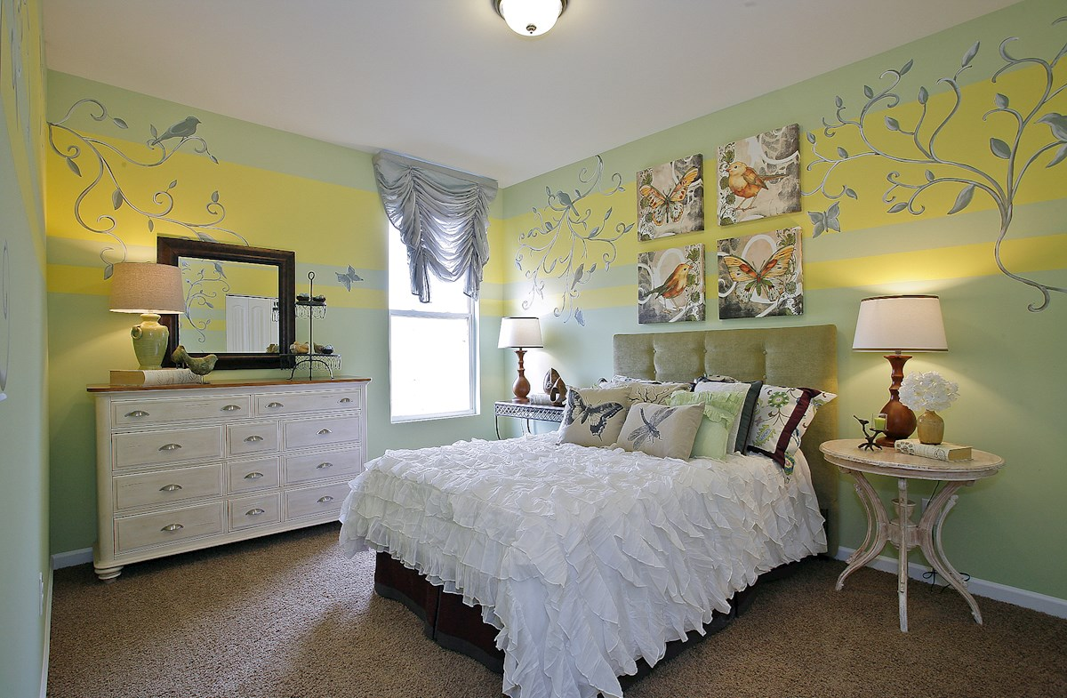 Whittmore Greenwich large secondary bedroom